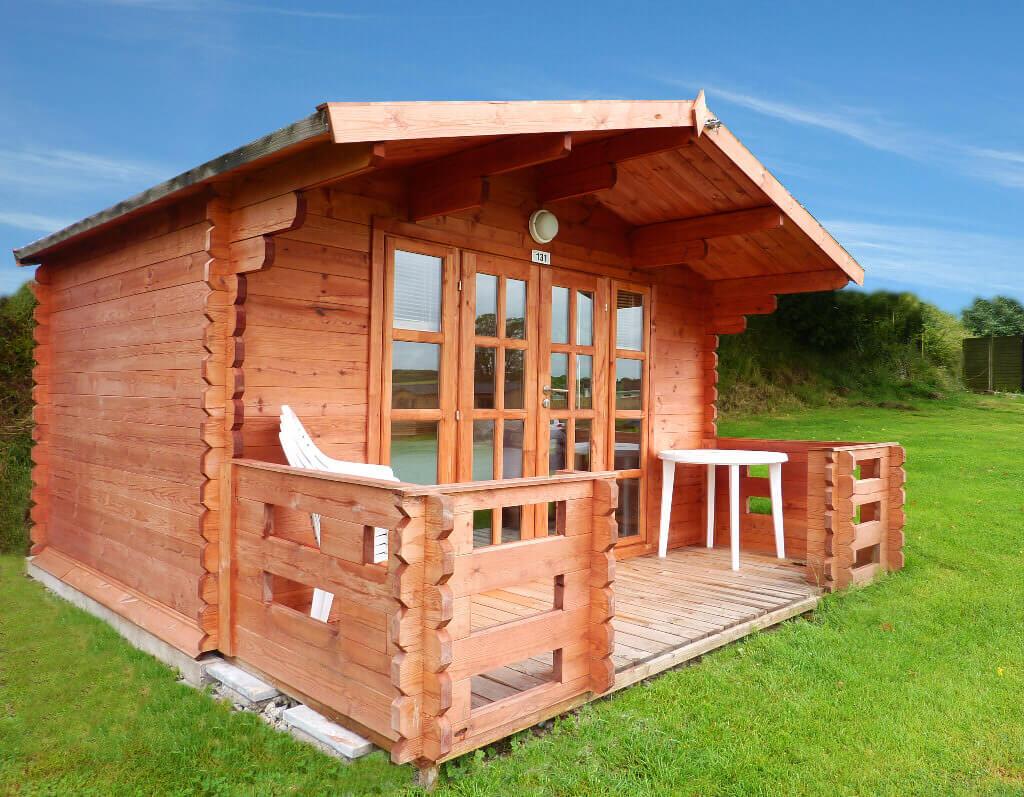 Cosy Cabin Exterior